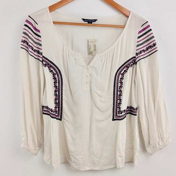 American Eagle Outfitters Tops - AE Boho Top Embroidered Bell Sleeve Medium M